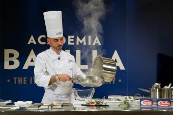 Włoski szef kuchni Marcello Zaccaria o jedzeniu po włosku, Polakach i najpopularniejszym show o gotowaniu w Polsce