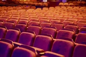 Coraz większe wydatki na reklamę w kinach