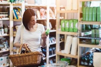 Z rynku znikają małe sklepy. Supermarkety i dyskonty rosną w siłę