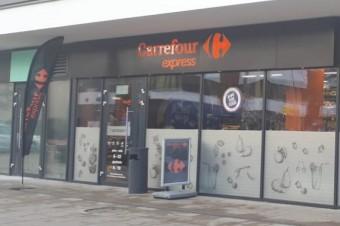 Carrefour otworzył w Warszawie 4 sklepy franczyzowe jednego dnia