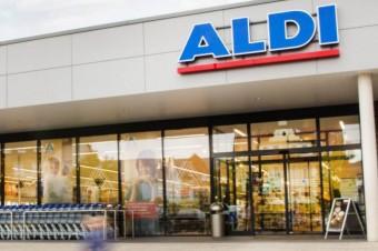 ALDI przekazuje produkty szpitalom i uruchamia kasy dla lekarzy i służb