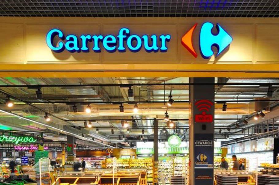 Carrefour nagradza pracowników za pracę w czasie pandemii koronawirusa