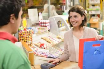 Mastercard udostępnia narzędzie online pokazujące natężenie ruchu w pobliskich sklepach spożywczych