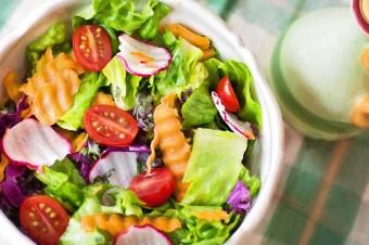 Polacy coraz chętniej wybierają diety pudełkowe