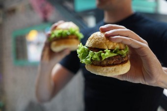 Fast foody głównie szturmują 20 i 30-latkowie