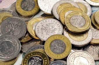 NBP wprowadza do obiegu coraz mniej monet. Wraca dyskusja o likwidacji najmniejszych nominałów