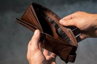 Urlopowicze muszą uważać na bezpieczeństwo swoich finansów i danych