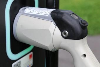 Jak powinien wyglądać program dopłat do samochodów elektrycznych?