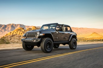 Nowy Jeep® Wrangler Rubicon 392 łączy legendarne zdolności 4x4 z silnikiem V8 o mocy 470 KM