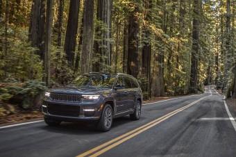 Nowy Jeep® Grand Cherokee wyznacza nowe standardy w segmencie pełnowymiarowych SUV-ów.