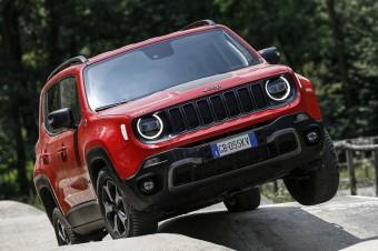 """Jeep® z dwoma zwycięstwami w plebiscycie """"4x4 Of The Year"""
