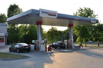 Grupa Muszkieterów wzmacnia pozycję lidera na rynku przymarketowych stacji paliw oraz uruchamia kolejne obiekty