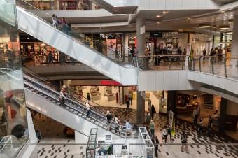 Tygodniowy raport z odwiedzalności centrów handlowych