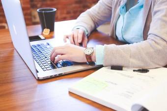 Praca zdalna przyczyniła się do lawinowego wzrostu popularności freelancerów