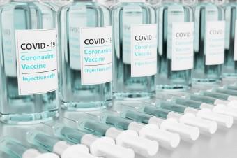 Dr Leszek Borkowski: Najbardziej niepokojąca jest łatwość rozprzestrzeniania nowych mutacji wirusa
