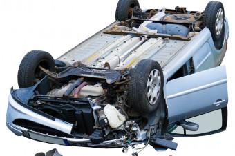 Pojazdy po szkodzie całkowitej powinny zniknąć z dróg. Chce tego ponad 50% Polaków
