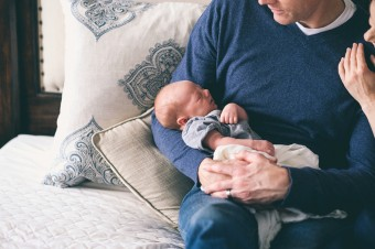 W 2022 roku zmienią się zasady urlopu rodzicielskiego. Unijne przepisy wymuszą przebudowę Kodeksu pracy