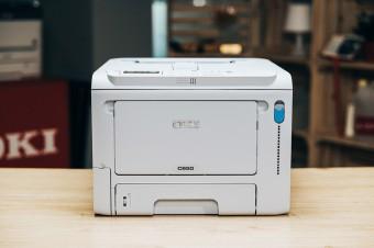 Testujemy OKI C650  – najmniejszą na rynku kolorową drukarkę A4 dedykowaną branży retail