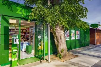 W miejscowościach turystycznych działa już 80 sklepów sezonowych sieci Żabka