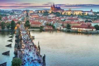 """Firmy pomału odpuszczają """"przeprowadzkę"""" do Czech czy na Słowację"""