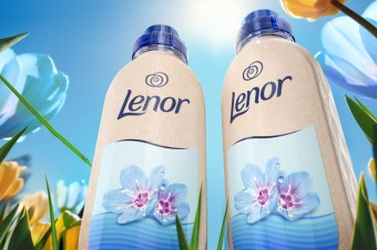 Procter & Gamble ogłasza pierwszy, pilotażowy projekt butelki papierowej Lenor