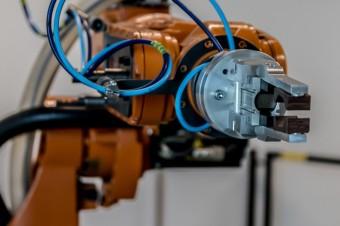 Pandemia zwiększyła potrzebę robotyzacji w polskich firmach