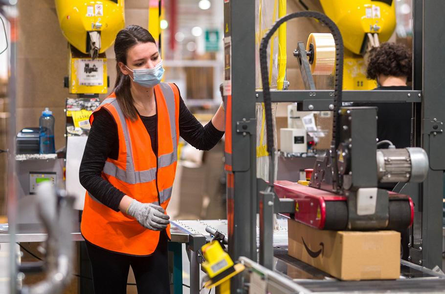 Amazon zatrudni ponad 9000 pracowników na okres przedświąteczny