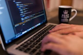 Rektor Uczelni Łazarskiego: Ustawa o cyberbezpieczeństwie wymaga ponownych konsultacji