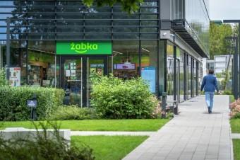 Carlsberg i Żabka wspólnie ograniczają użycie folii i ślad węglowy