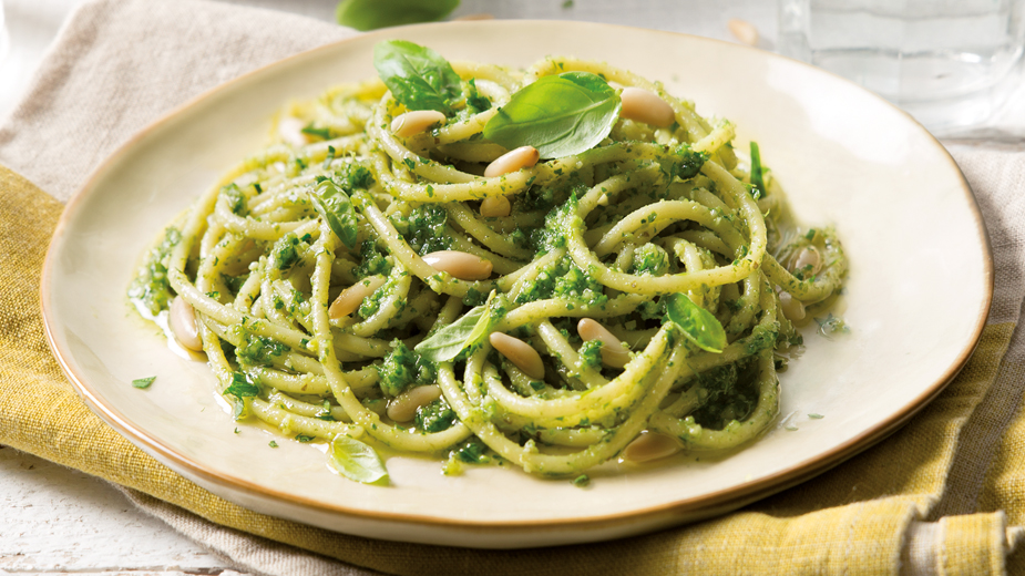 spaghetti_pesto_genovese_barilla_z_orzeszkami_pinii_bazylia_web.jpg